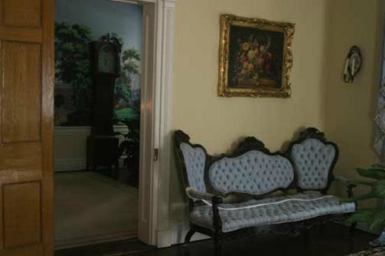 Natchez, MS: Stanton Hall's furniture