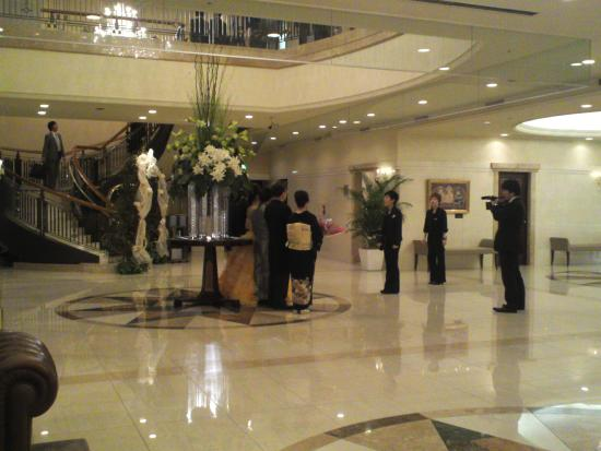 Hotel Bellclassic Tokyo: 結婚式の撮影がありました
