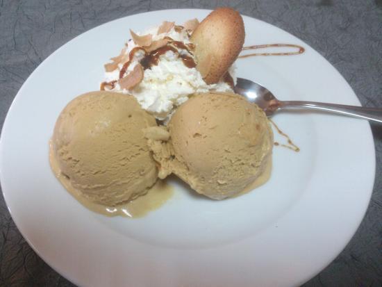 helado de avellana de Brunyola