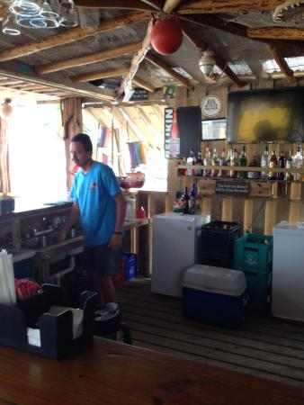 Sandy Toes Beach Bar & Grill