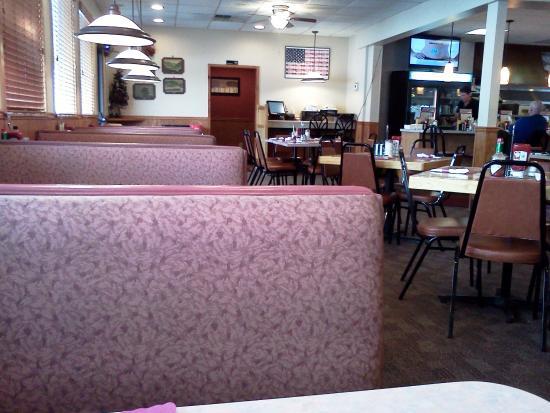 Marysville Diner: Booths