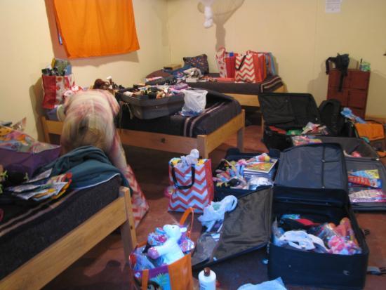 Wanderers Lodge Lusaka: Blurry Photo - Interior of Six Bed Dorm