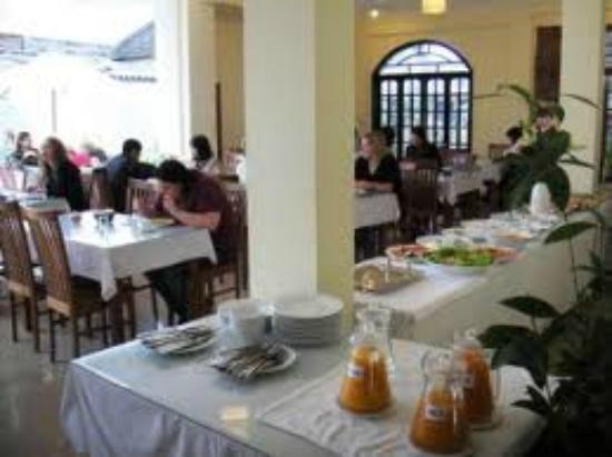 Sunflower Hostel: breakfast
