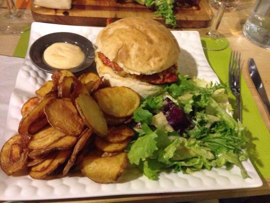 Une assiette bien remplie picture of pauline 39 s restaurant saint orens de gameville tripadvisor - Piscine saint orens de gameville ...