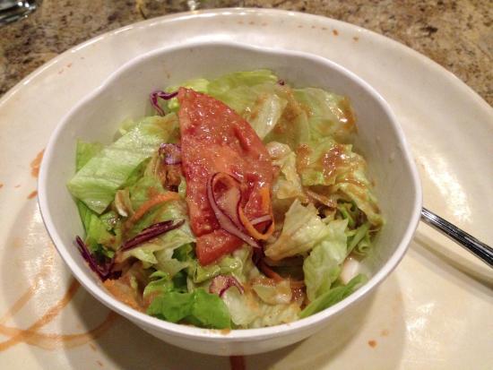 Sagano: Salad love the dressing