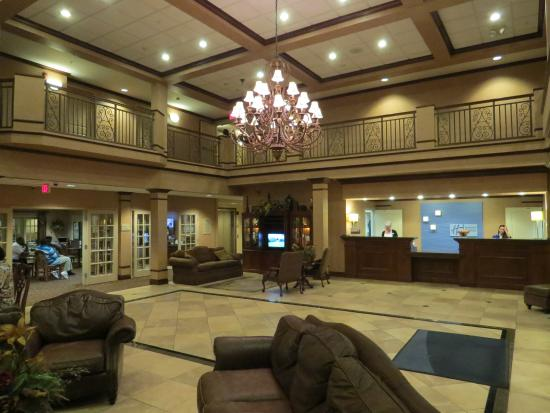Holiday inn express cape girardeau updated 2018 hotel reviews price comparison mo for Olive garden cape girardeau missouri