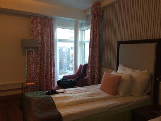 Clarion Collection Hotel Grand Bodo: smallish window area