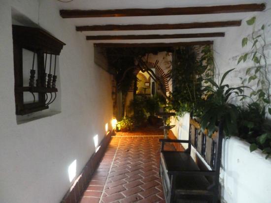 Hotel Boutique el Zaguan: Pasillo de entrada