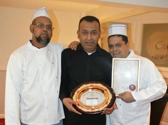 Curry Palace Gets Top Award In For Cambridgeshire And