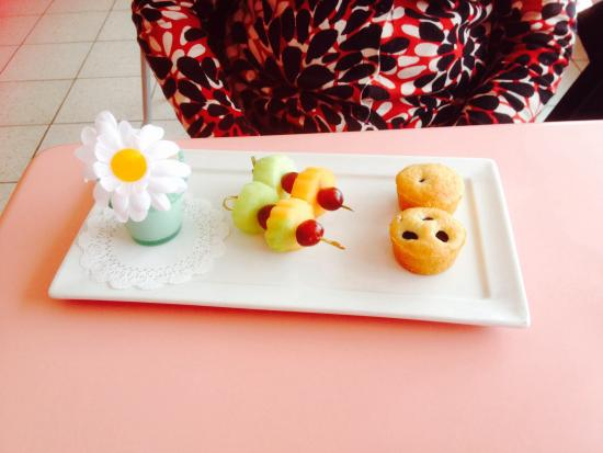 American Girl Bistro: Fruit fondu