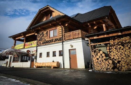 Reštaurácia Oravský Zrub