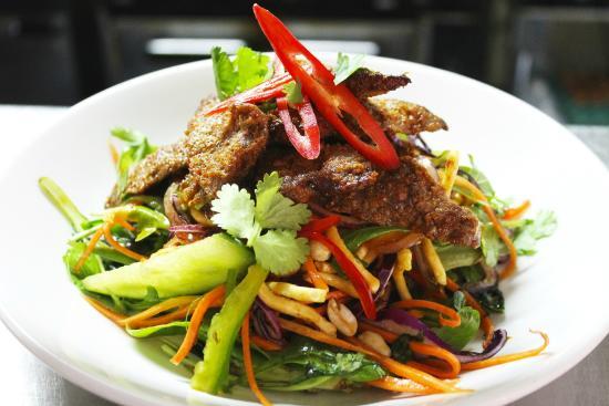 Manaia Kitchen & Bar: Thai Beef Salad