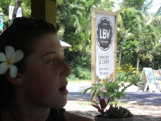 LBV - Le Bon Vivant Muri Beach: LBV est bon