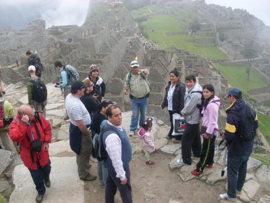 Chavez Expeditions - Day Tours: En MACHUPICCHU