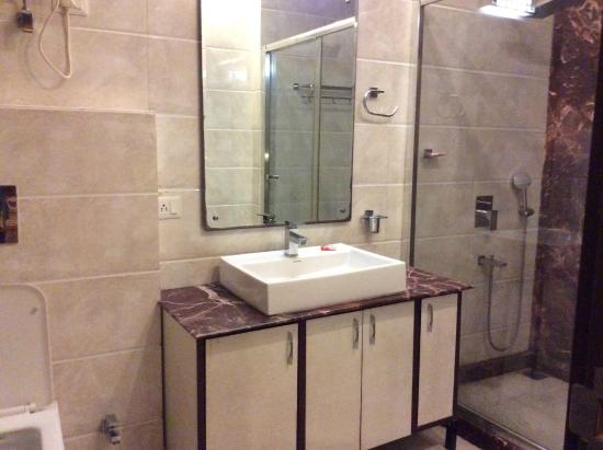 Redleaf Serviced Apartments Nicest Bathroom I Have Used In India Ever