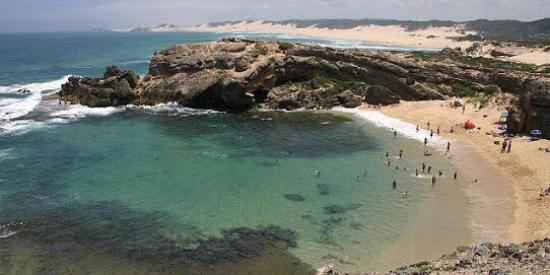 Kariega Beach: Shelly beach Kenton-on-Sea