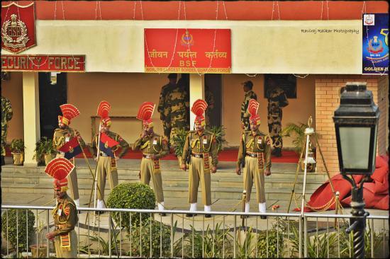 Amritsar, Indien: BSF Jawans at Wagah Border