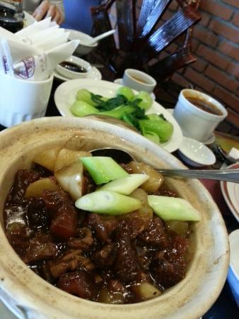 Red 8 Asian Restaurant