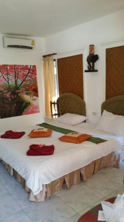 Lanta Palace Resort & Beach Club: chambre