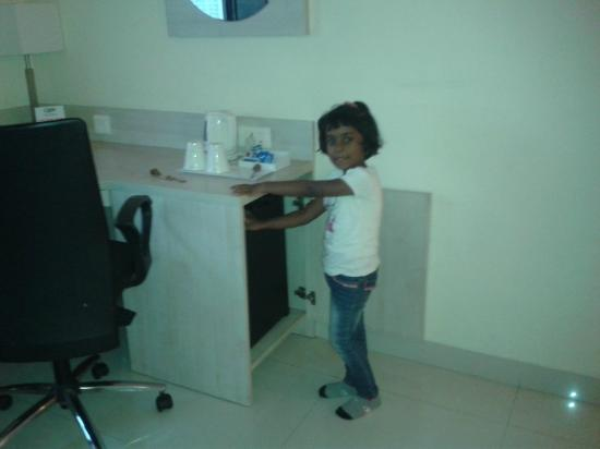 Noorya Hometel: Mini Fridge