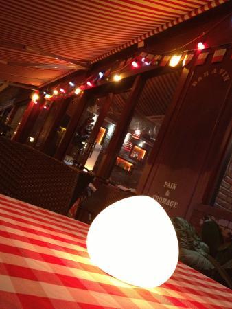 公雞和龍法國酒吧西餐廳