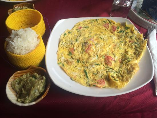 Delilah's Place: Traditional Lao breakfast, egg omlette with vegetables, eggplant dip and sticky rice, very delic