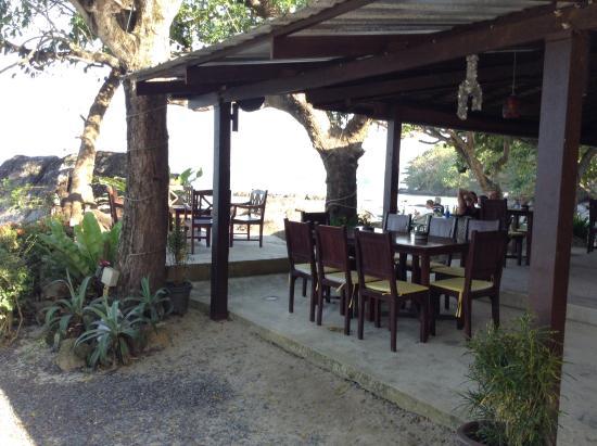 Paradise Beach Bar: good