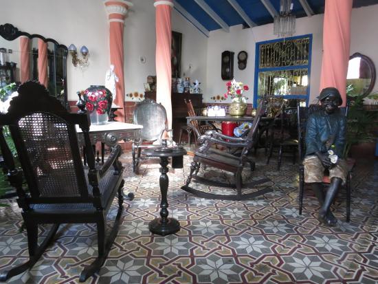 Casa Colonial Maruchi: living room