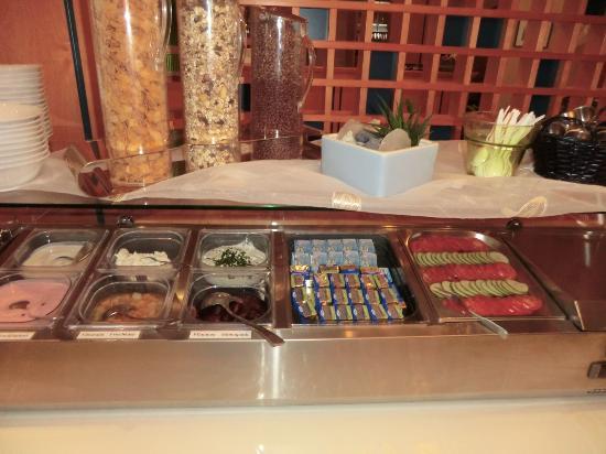 Hotel Haus Morjan : 朝食