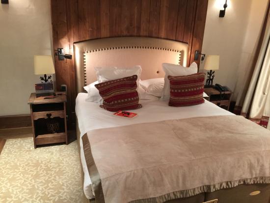 Hotel Le Portetta: Main Bedroom