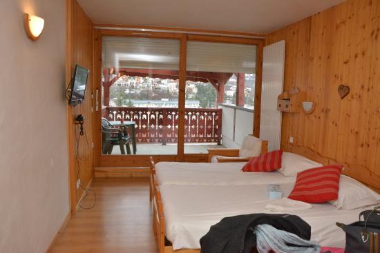 Hotel les Chalets : plus qu'une chambre... un studio!!