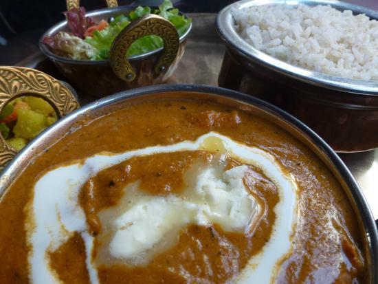Green Organic Cafe and Farmers Bar: Yummy chicken butter masala