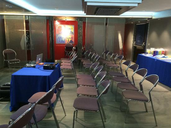 Hotel Terminus du Forez : la salle