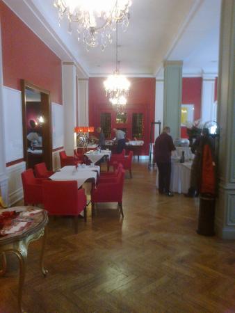 Restaurant Weinrot: Reastaurant entrance