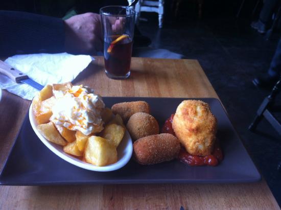 La Gilda Vermuteria : Combo de fritos. Nuestro aperitivo del pasado domingo. Rico, rico ..