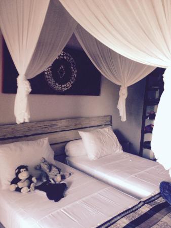 Bali Hotel Pearl: Une simple chambre