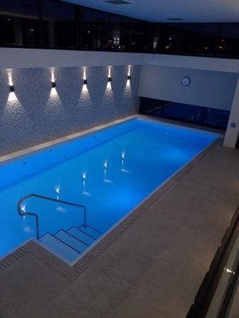 la piscine, jacuzzi