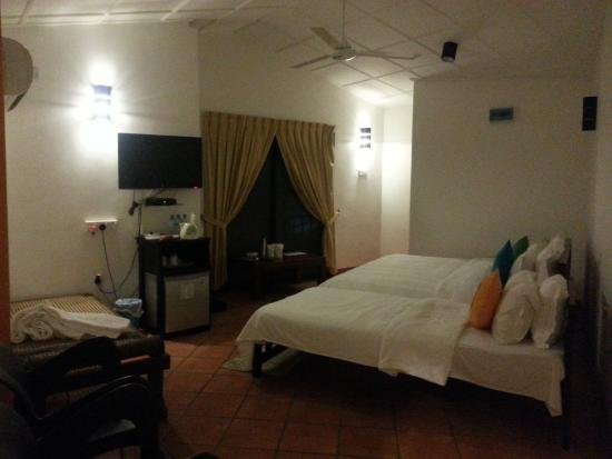 Settle Inn Tourist Lodge : номер famaly suit