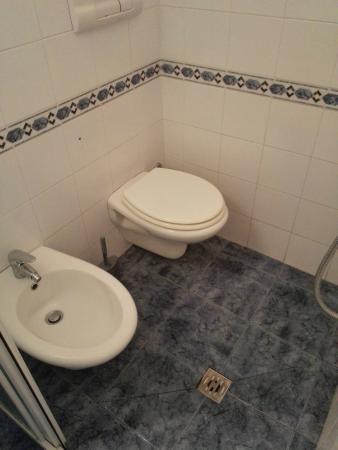 Emejing Soggiorno Athena Pisa Photos - Idee Arredamento Casa ...