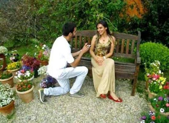 Amantikir: O pedido: ela disse sim!