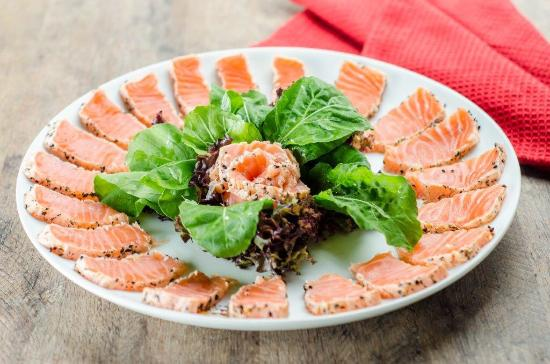 Reyna Sushi Lounge