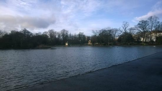 Leazes Park: small like in the centre of newcastle