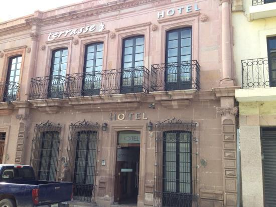 Terrasse Hotel: Entrada
