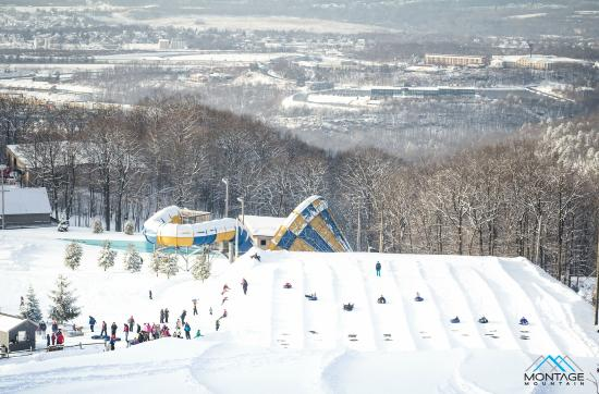 Montage Mountain : Valley view from the top of the snow tubing area