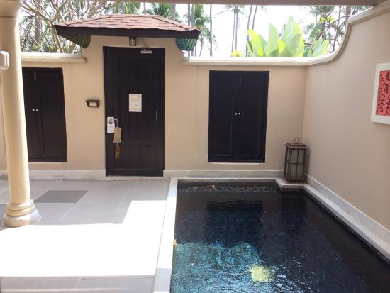 Centara Grand Beach Resort Samui : Room with a small pool