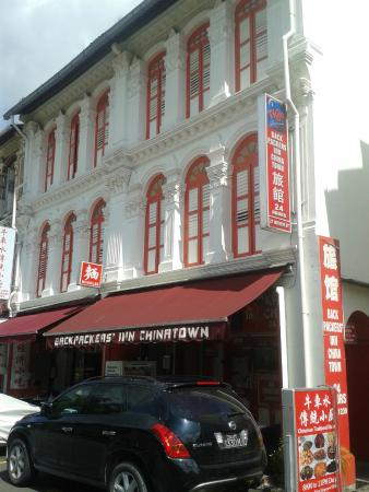 Backpackers Inn Chinatown: View from Mosque Street