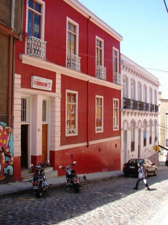 Hotel Da Vinci Valparaiso: Entrada do hotel