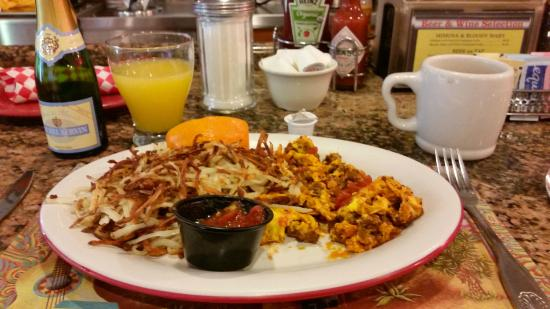 Original Jack's Country Kitchen: Chorizo and scrambled eggs DO go with a mimosa!  :-)
