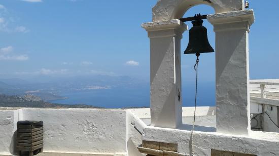 Moni Faneromeni: Dzwonnica