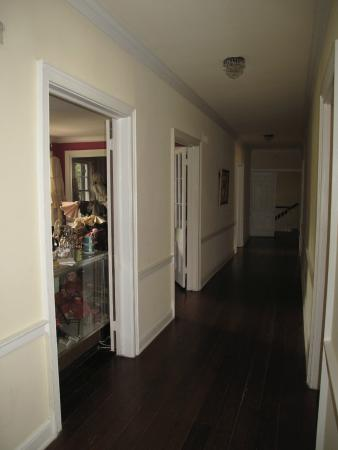 Ormond Plantation Manor House: Hallway